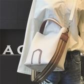 女包 新款歐美時尚寬肩帶水桶包子母手提包簡約單肩包斜挎大包