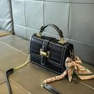 手提包 小ck女包側背包新款 時尚百搭小方包鏈條斜背包 小眾設計手提單肩斜挎包潮 店慶降價