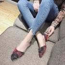 大碼平底鞋 尖頭單鞋女春新款粗跟百搭低跟平底矮跟淺口女鞋 qf22414『紅袖伊人』