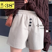 五分褲--質感修身顯長腿寬版鬆緊褲頭撞色鈕扣裝飾毛呢短褲(黑.卡其L-5L)-R253眼圈熊中大尺碼◎