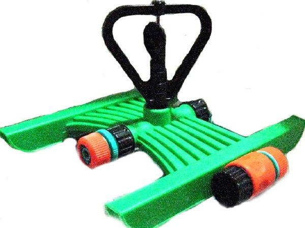 末段塑膠噴頭腳架(雙邊都可接6分耐壓管)
