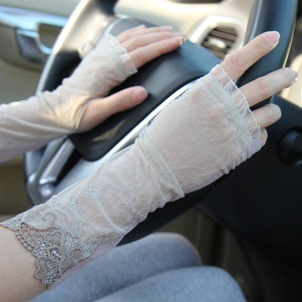 夏季開車出行防曬中長款 女士半指冰絲手套 春秋蕾絲薄款袖套繡花-8222006