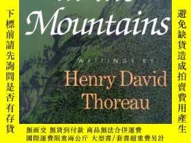 二手書博民逛書店Thoreau罕見in the Mountains - Writ