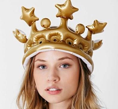 [協貿國際]  兒童頭飾裝扮玩具充氣王冠皇冠帽子 (2入)