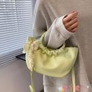 水桶包夏季小清新包包女2021新款時尚網紅手提側背斜背包百搭絲巾水桶包 愛丫