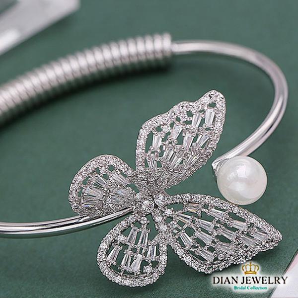 【DIAN 黛恩珠寶】蝴蝶珍珠 CZ鑽造型手環(LY51495)