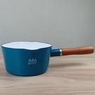 【日本CB JAPAN】(新款)北歐系列琺瑯原木單柄牛奶鍋/琺瑯鍋-土耳其藍