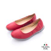 TRAVEL FOX(女)鋼琴大底輕量圓弧鬆緊後跟休閒鞋 - 紅