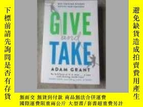 二手書博民逛書店Give罕見and Take: Why Helping Othe