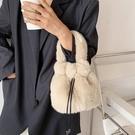 手提單肩包網紅毛毛絨水桶包