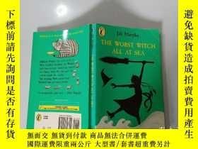 二手書博民逛書店The罕見Worth Witch All At Sea:在海上的價值女巫Y200392