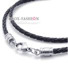 《 QBOX 》FASHION 飾品【W10021407】精緻個性黑色編織真皮革鈦鋼扣式項鍊子/皮繩