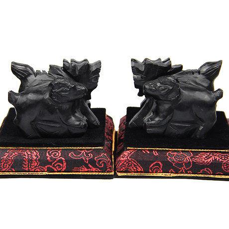 (一對) 屬兔吉祥物黑色《麟羊聚寶》石雕