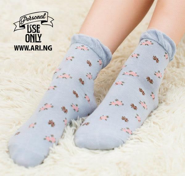 襪子   小碎花蕾絲泡泡中筒襪  【FSW026】-收納女王