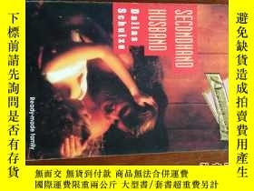 二手書博民逛書店Secondhand罕見husband 英文原版口袋書Y1098