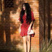 春夏新款法式復古波點綁帶v領洋裝荷葉邊短裙巴厘島度 【時尚新品】