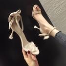 網紅細跟涼鞋女2021年新款夏小CK一字扣帶仙女風高跟鞋設計感小眾 果果輕時尚