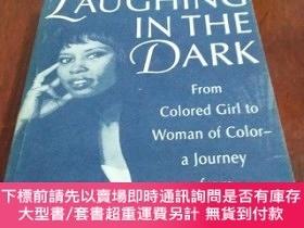 二手書博民逛書店LAUGHING罕見IN THE DARK 在黑暗中歡笑(英文原版)Y20470 PATRICE GAINES