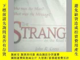 二手書博民逛書店THE罕見STRANGER 看看描述Y19658 THE STR