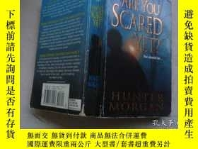 二手書博民逛書店Haunted罕見Houses ( Are You Scared