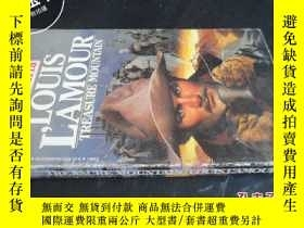 二手書博民逛書店LOUIS罕見L AMOUR TREASURE MOUNTAIN
