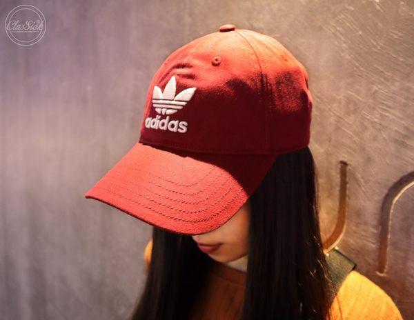 adidas 酒紅 老帽