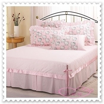 ♥小花花日本精品♥ Hello Kitty 貴族學園風 雙人床罩 雙人純棉 33061801