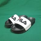FILA 運動拖鞋 4S313T100 黑白拼色 縫線LOGO 整數尺碼 23~29cm【iSport代購】