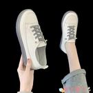 小白鞋小白鞋女2021年春季新款防滑平底單鞋豆豆鞋休閒軟皮軟底孕婦女鞋 愛丫 新品