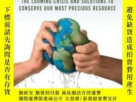 二手書博民逛書店Running罕見Out Of Water: The Looming Crisis And Solutions T