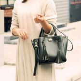 手提包-流蘇純色簡約優雅大方女肩背包2色73sb42[巴黎精品]