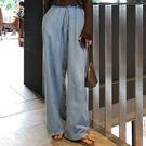條線飾寬管牛仔長褲 魅力時尚高腰闊腿牛仔...