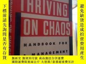 二手書博民逛書店英文原版罕見混亂的市場條件下,企業如何發展 Thriving o