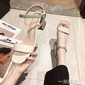 一字扣涼鞋女2020年新款夏季仙女風中跟百搭粗跟時裝配裙子高跟鞋  一米陽光