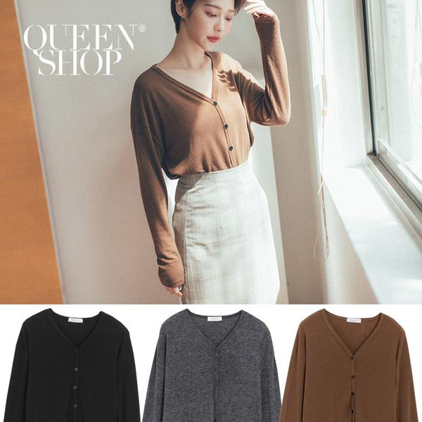 Queen Shop【02071169】V領素面排釦小外套 三色售*現+預*