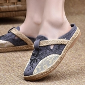 涼拖鞋 老北京布鞋女平底媽媽拖鞋夏外穿涼鞋半拖包頭鞋中國風繡花網面鞋