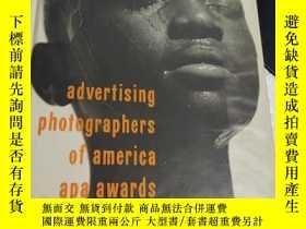 二手書博民逛書店Advertising罕見Photographers of America Awards Book two【第一頁