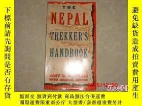 二手書博民逛書店THE罕見NEPAL TREKKER S HANDBOOKY13