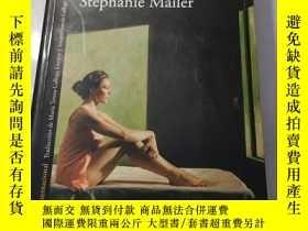 二手書博民逛書店La罕見desaparición de Stephanie Mailer Traducción del franc