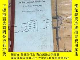 二手書博民逛書店Higher罕見Education in Internation