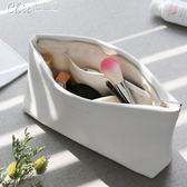 化妝包 韓國大容量手拿包化妝品收納包便攜女防水手抓包信封包「Chic七色堇」