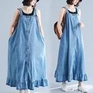 牛仔洋裝 牛仔背帶裙女寬鬆大碼無袖過膝連身裙顯瘦荷葉邊裙子夏季新款 韓菲兒