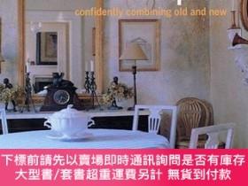 二手書博民逛書店Decorating罕見with Antiques: Confidently Combining Old and