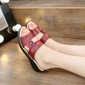 新款女夏防滑耐磨厚底平底軟底媽媽涼拖鞋里外穿坡跟中老年鞋JA6513『麗人雅苑』