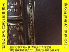 二手書博民逛書店【包罕見】Leaves of Grass,《草葉集》 , Wal
