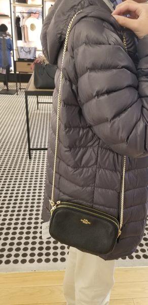美國COACH 立體金馬車雙 層雙拉鍊 荔枝紋設計 真皮皮革  金色鐵鏈斜肩包  保證100%正品 $3680