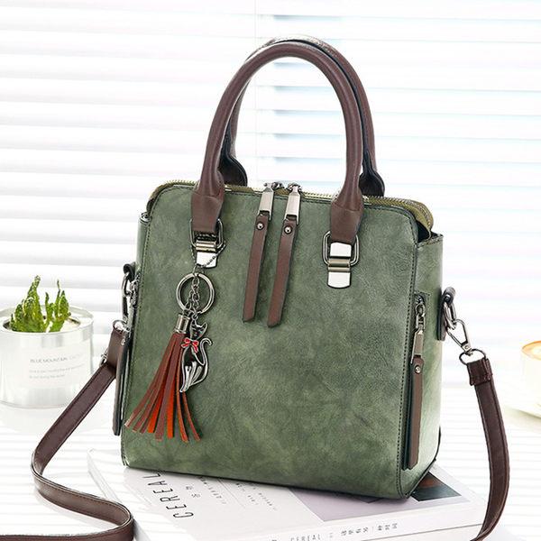 現貨 時尚復古貓咪流蘇斜背包 手提包 側背包包 寶來小鋪-1822