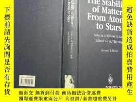 二手書博民逛書店The罕見stability of Matter:From At
