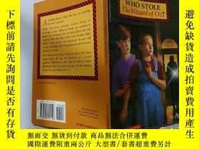 二手書博民逛書店Who罕見Stole The wizard Of oz?:誰偷了綠野仙蹤Y200392