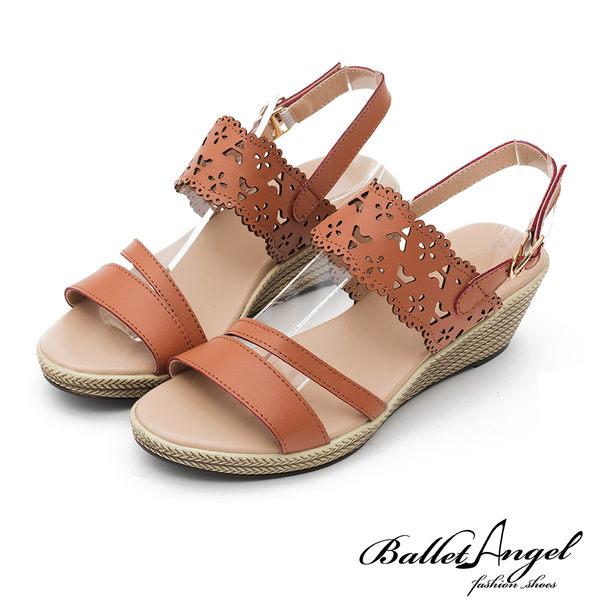 涼拖鞋 戀夏時光雕花真皮楔型涼鞋(棕)**BalletAngel【18-758br】【現貨】